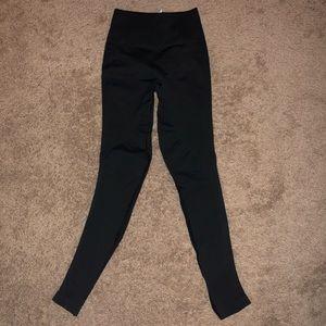 Lulu compression leggings